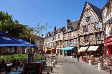 Studio lavoro in Francia