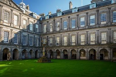 Edimburgo_Holyrood palace_400